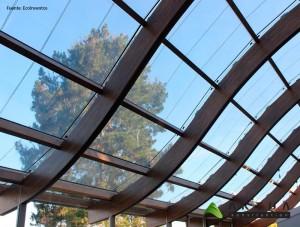 lucernario con vidrios fotovoltaicos